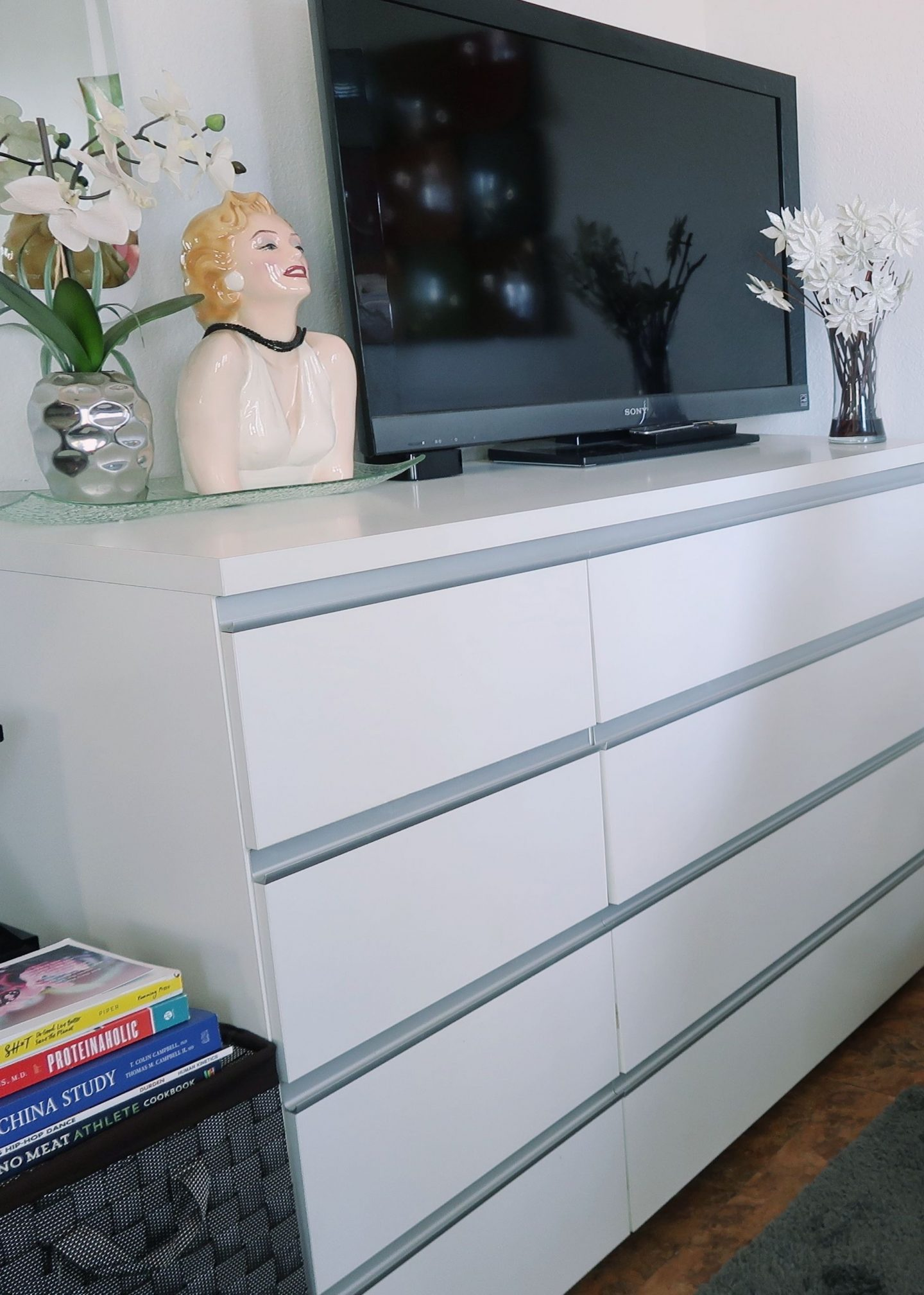 3 Tips How to make small space look big