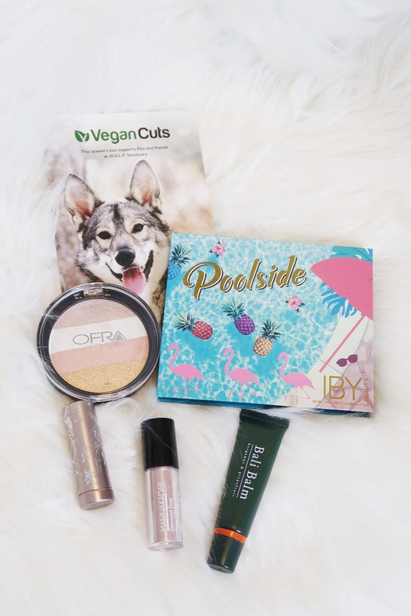Hawaii Beauty Blogger Thefabzilla shares Vegan Cuts Summmer Makeup Box. It has 5 full-sized vegan and cruelty-free makeups you can rock this season!