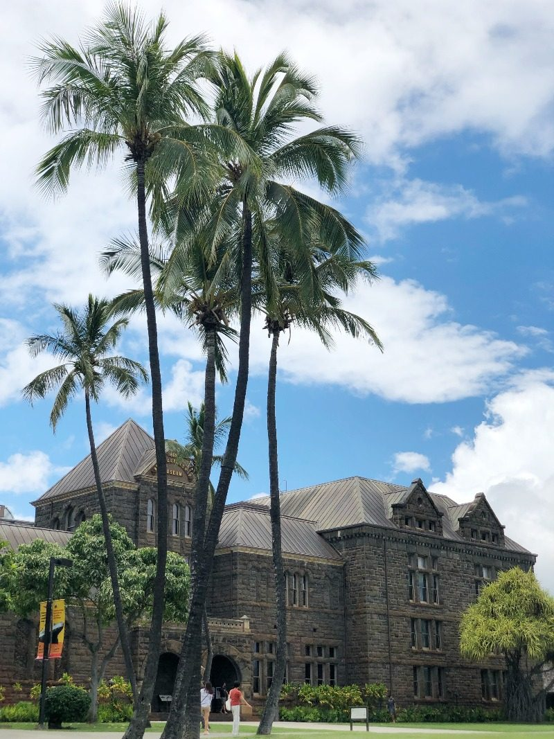 Hawaii Lifestyle Blogger Thefabzilla tours the Bishop Museum and why you should too.